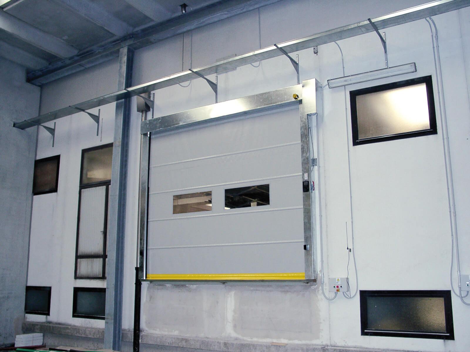 Porta rapida ad avvolgimento SAETTA - Grigio RAL 9006