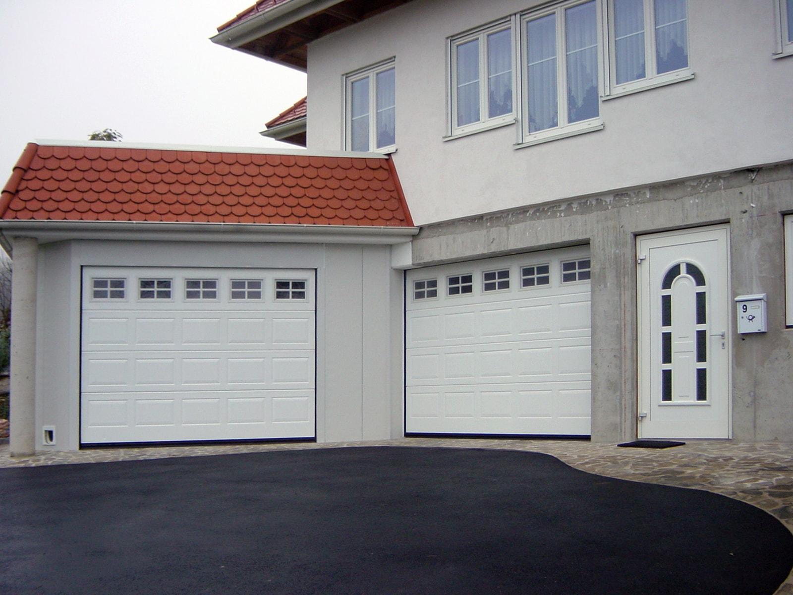 Portone sezionale da garage IRIS - Stucco bianco C81