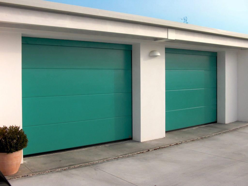 Portone sezionale residenziale breda domus line persus for Portone garage usato