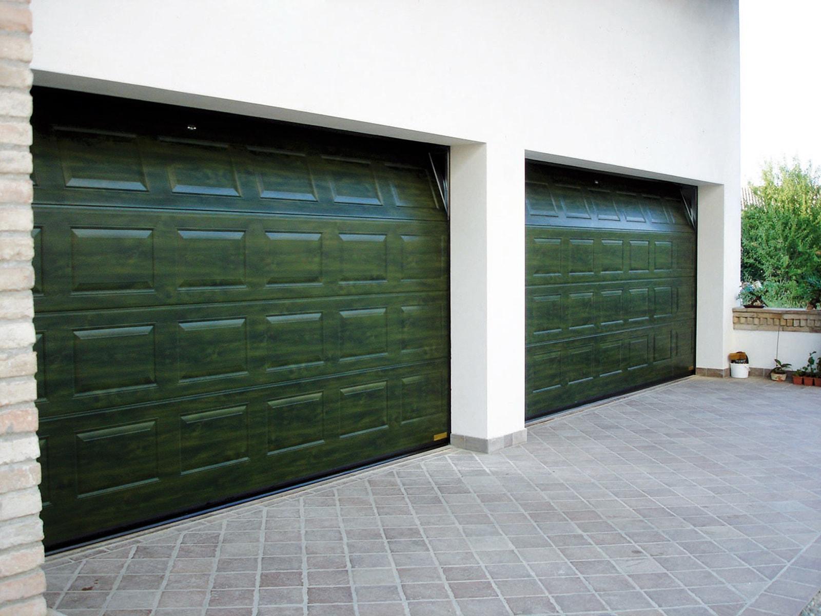 Portone sezionale da garage VENUS - Simil legno verde