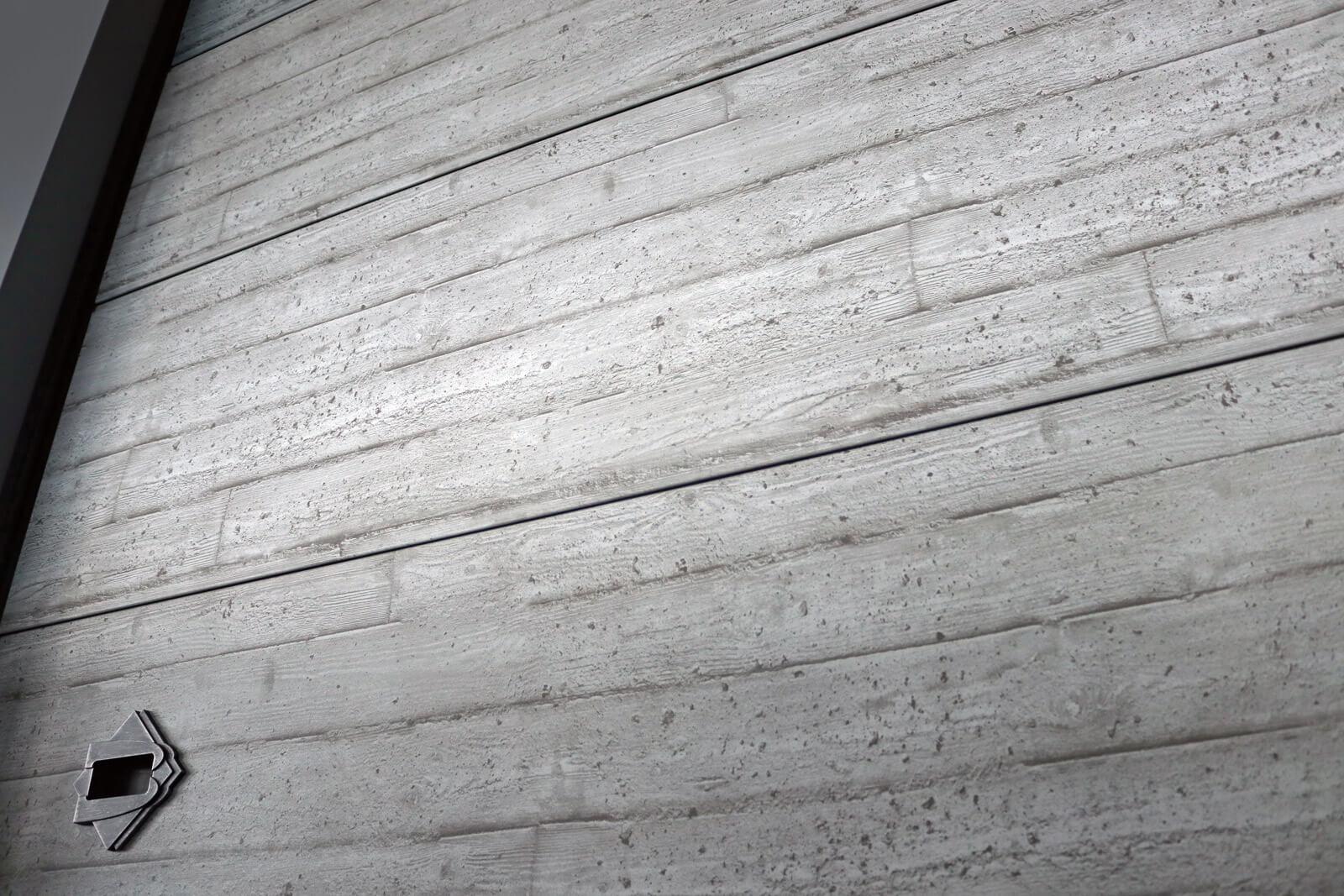 Portone Cupis Simil Cemento